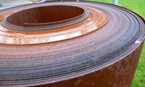 Stahlblech-Rolle: Ein Beispiel für das Metall-Element
